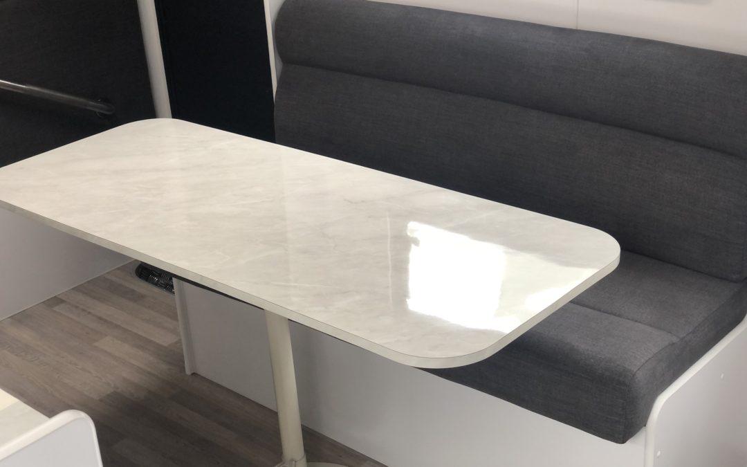 V1 Straight Lounge
